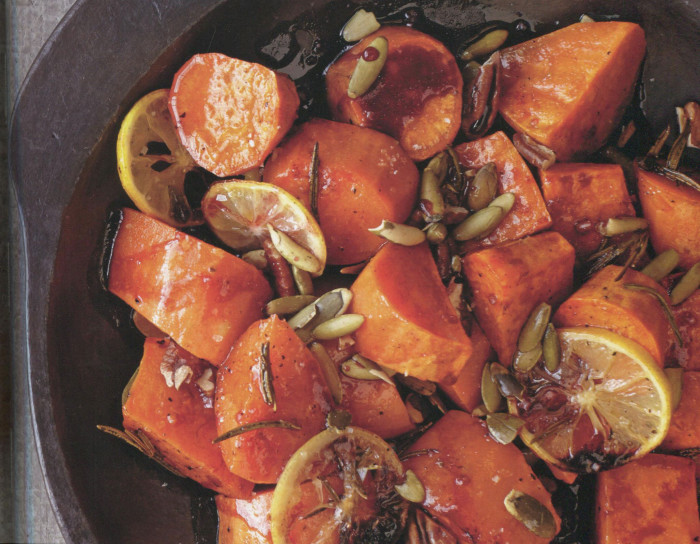 wc-Pomegranate-Ginger-Sweet-Potatoes-with-Pecans-and-Pumpkin-Seeds