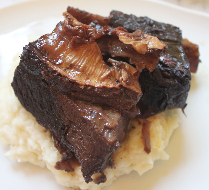 Luscious Oven-Braised Short Ribs Recipe — Dishmaps