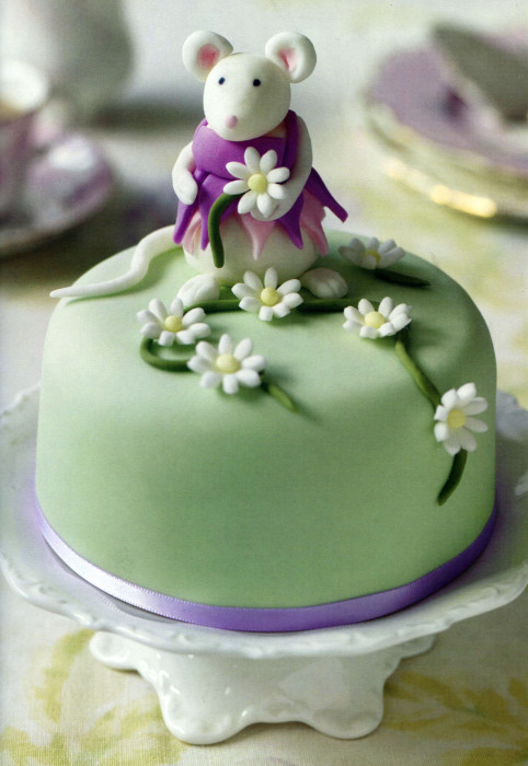 Cake Decorating Modelling Icing : On Fondant and Gum Paste and Modeling Chocolate and ...