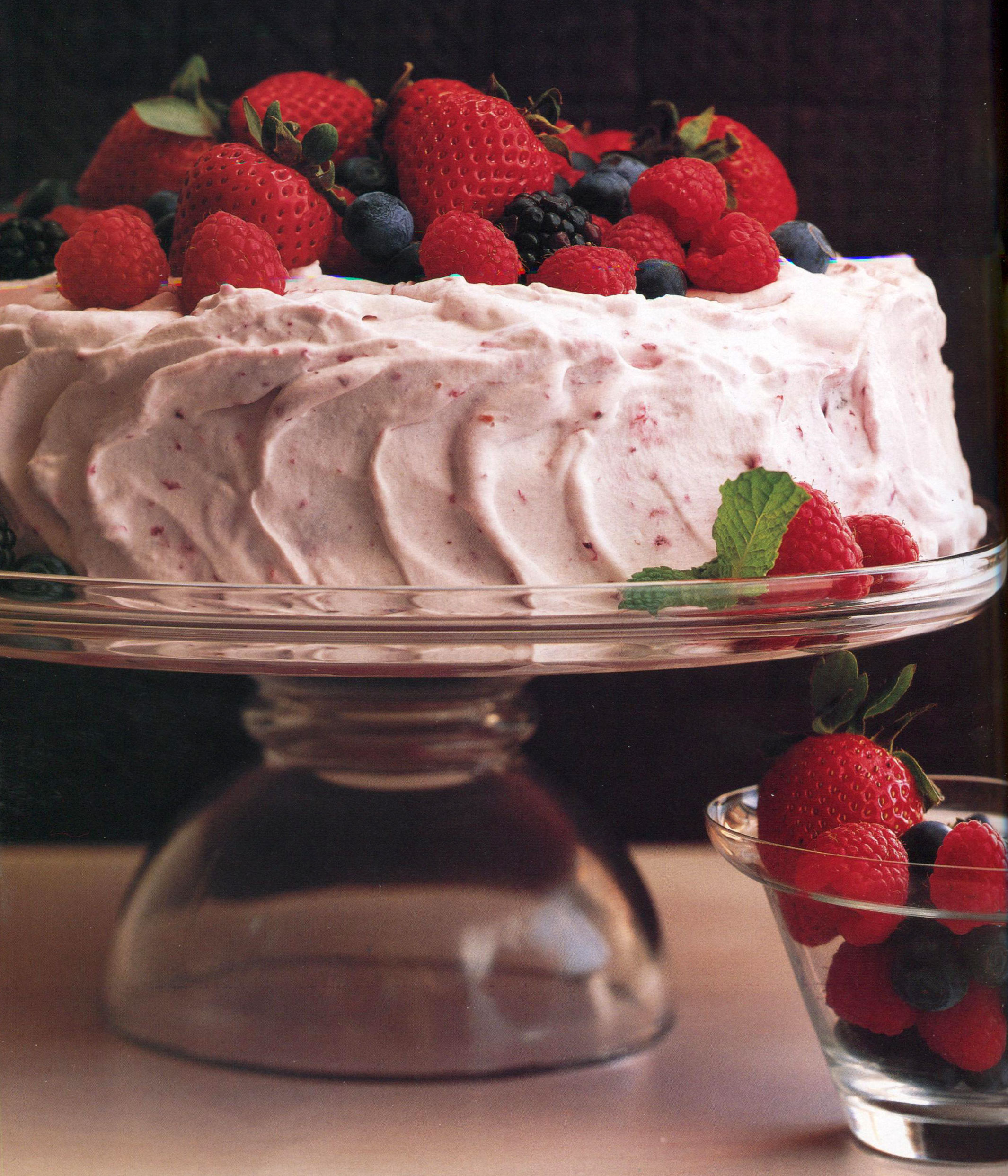 TBT Recipe: Old-Fashioned Berry Icebox Cake