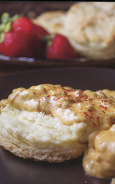 Creamy Country Gravy from One Pan to Rule Them All